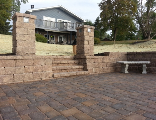 LondonPaver Cobblestone Buff Blend with Straight Face Buff Blend Wall